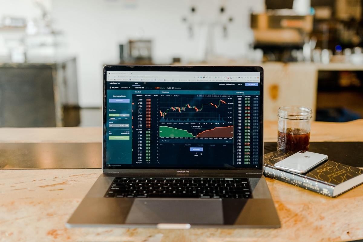6 Major Benefits of Investing in the Stock Market