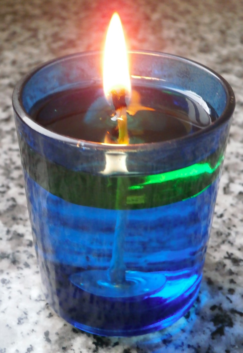 Homemade Oil Candle. All photos by Valerie Bloom.