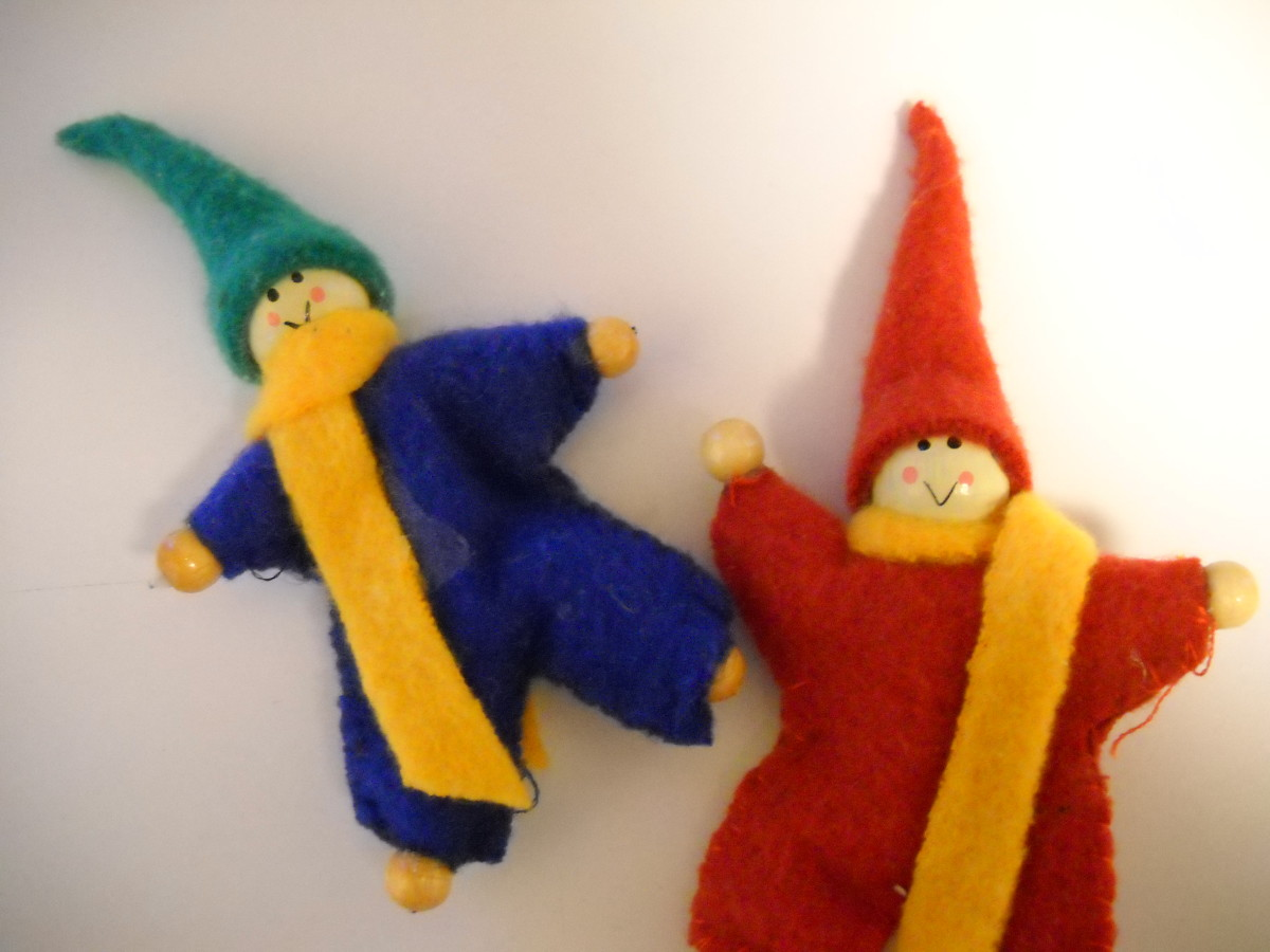 Make Elf Dolls Out of Felt and Beads