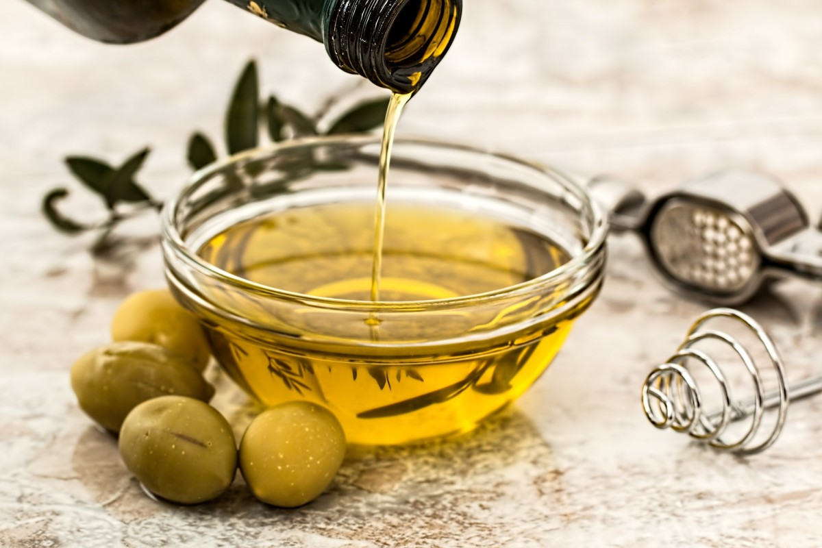 Extra Virgin olive oil is a healthy option for salad dressing.