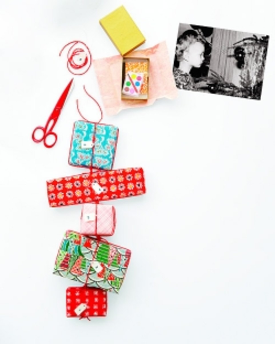 Advent Calendar Ideas DIY Gift Chain
