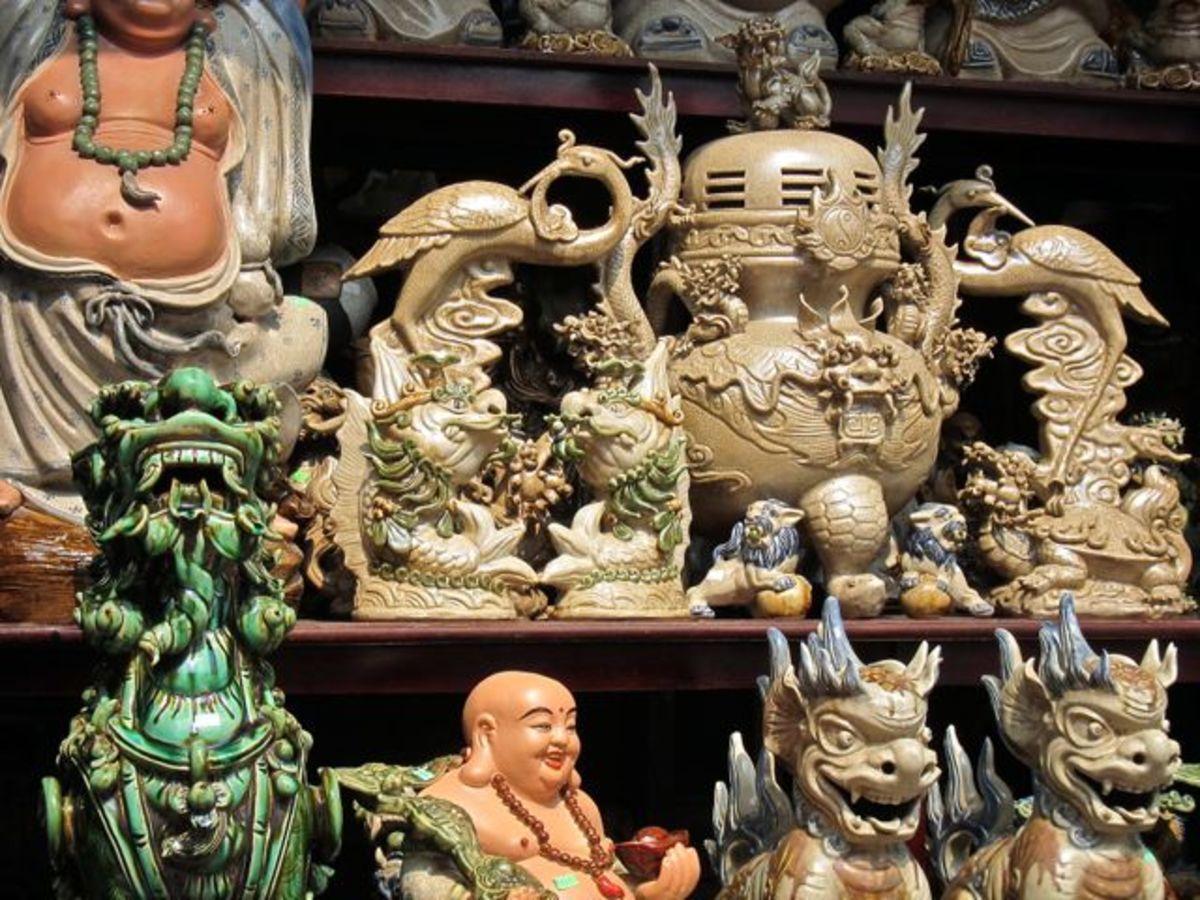 Traditional Pottery Designs in Bat Trang, Vietnam