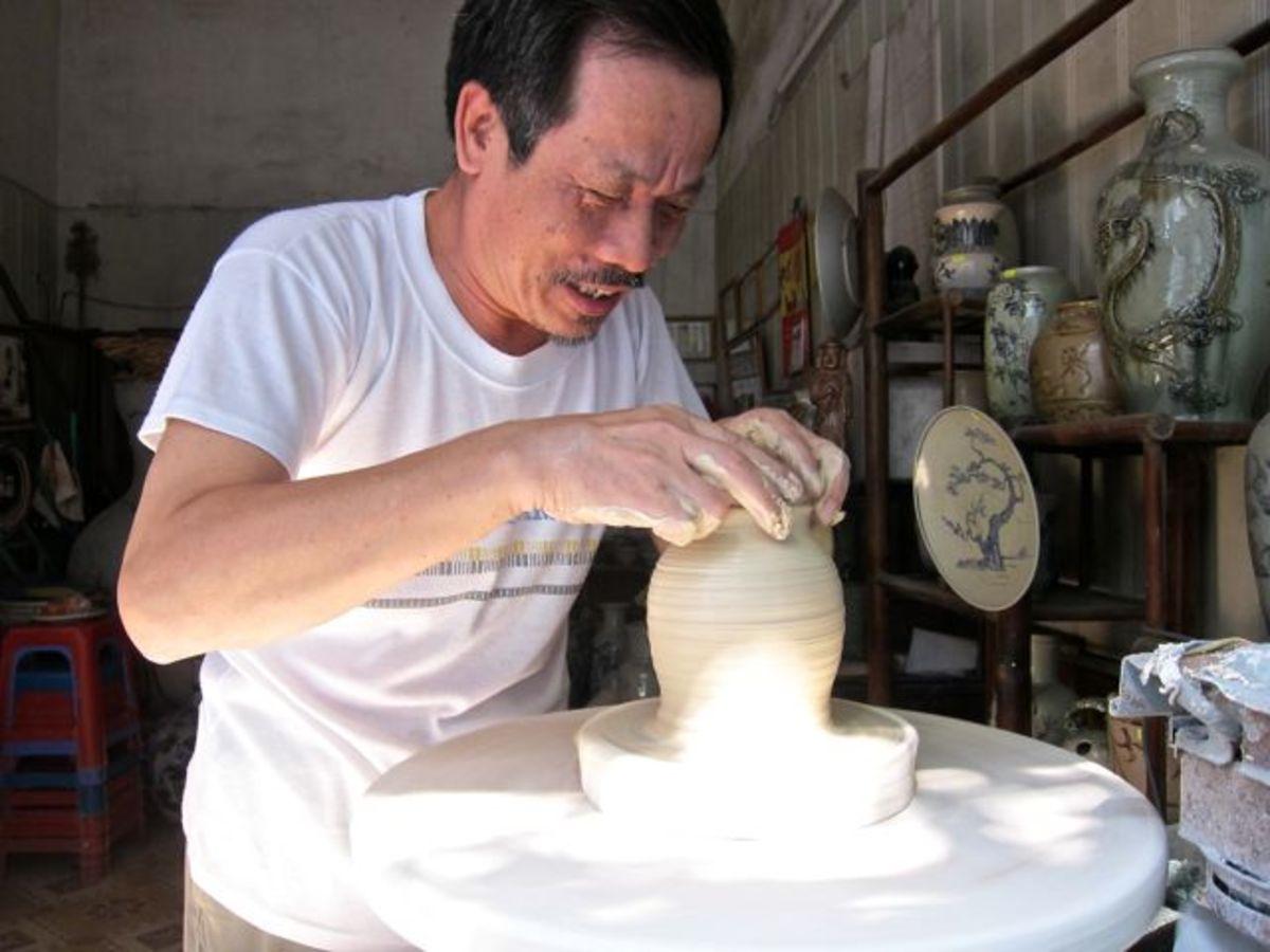 Bat Trang Potter