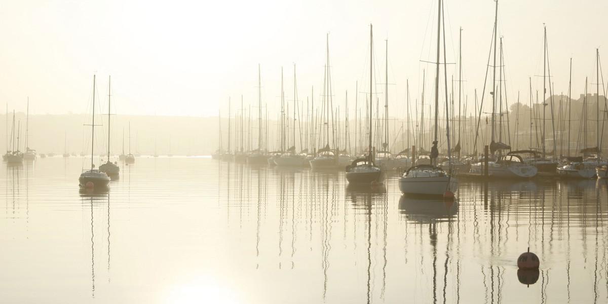 is-living-aboard-a-sailboat-a-good-idea
