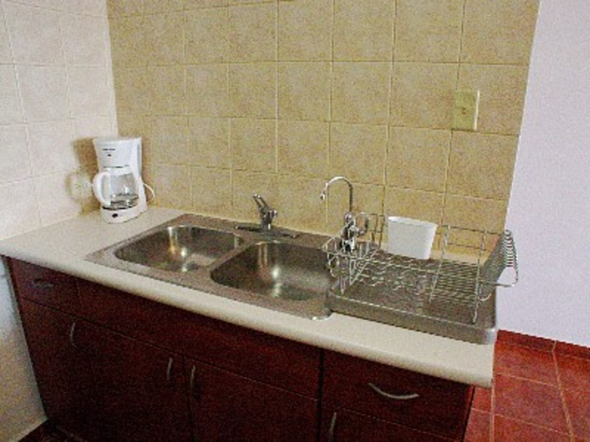 Separate Faucet for Filtered Water - under the counter mounted water filter system