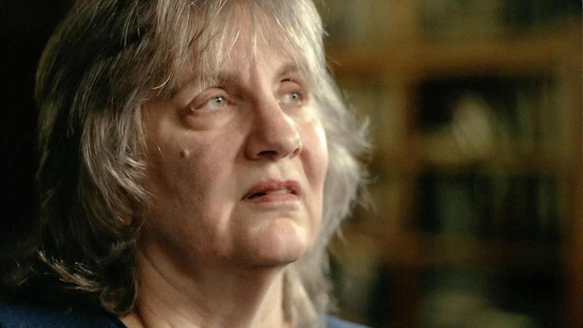 Karen Sparks survived a horrific attack and rape by Ted Bundy only weeks before Lynda Ann Healy vanished.