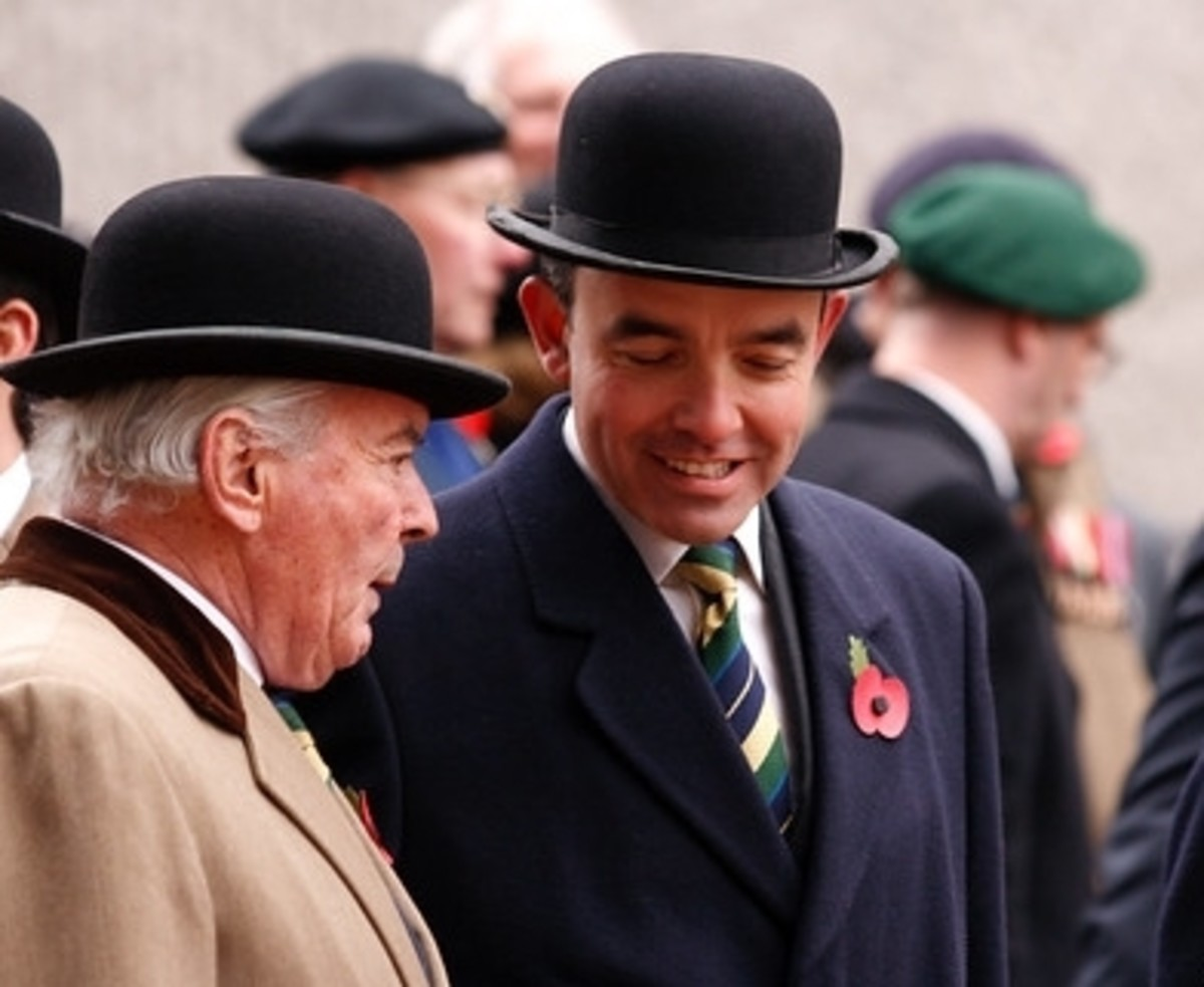 """I say old chap. What do you fancy for the 2:30 at Kempton Park?"""