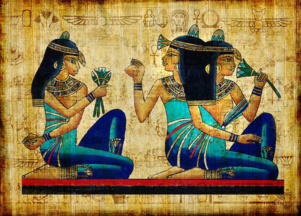 It is reported that the ancient Egyptians used bloodstone to help shrink tumors and cleanse bloodlines.