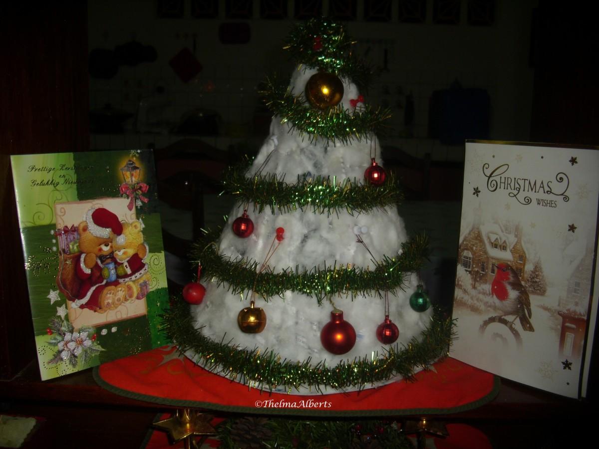Christmas Tree made of magazine.