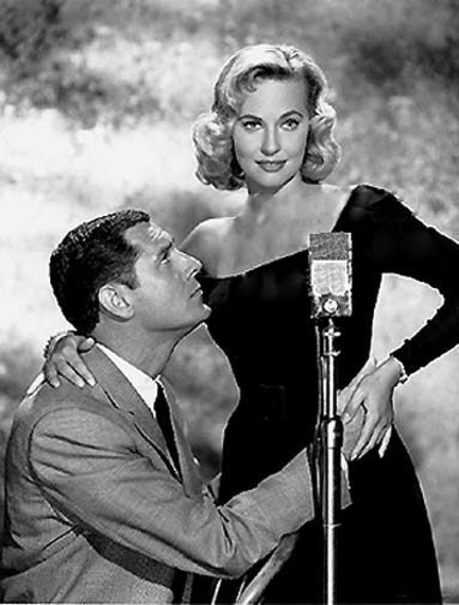 "(left)a Craig Stevens ""Peter Gunn"" and Lola Albright ""Edie Hart."""