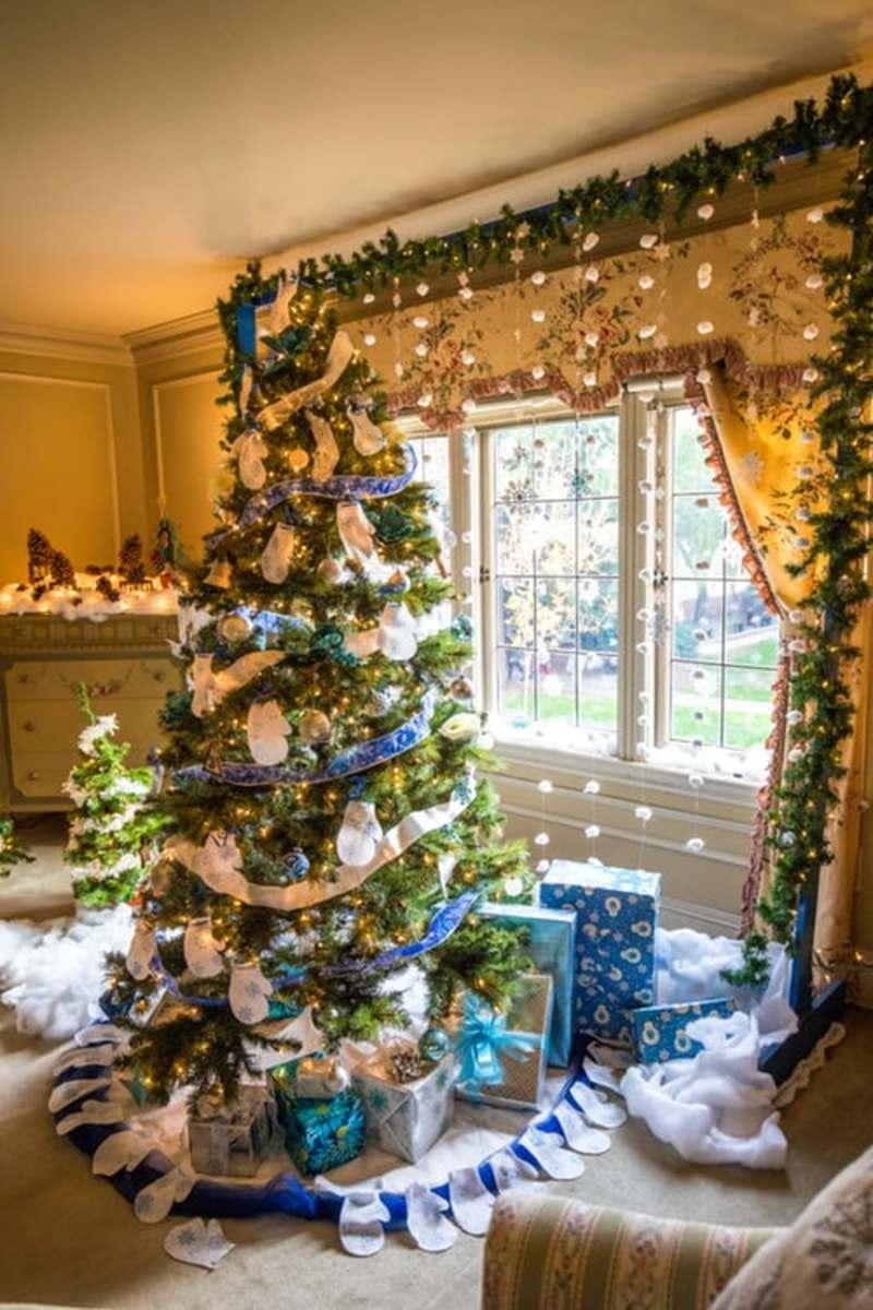 A Phobia of Christmas is Christougenniatikphobia