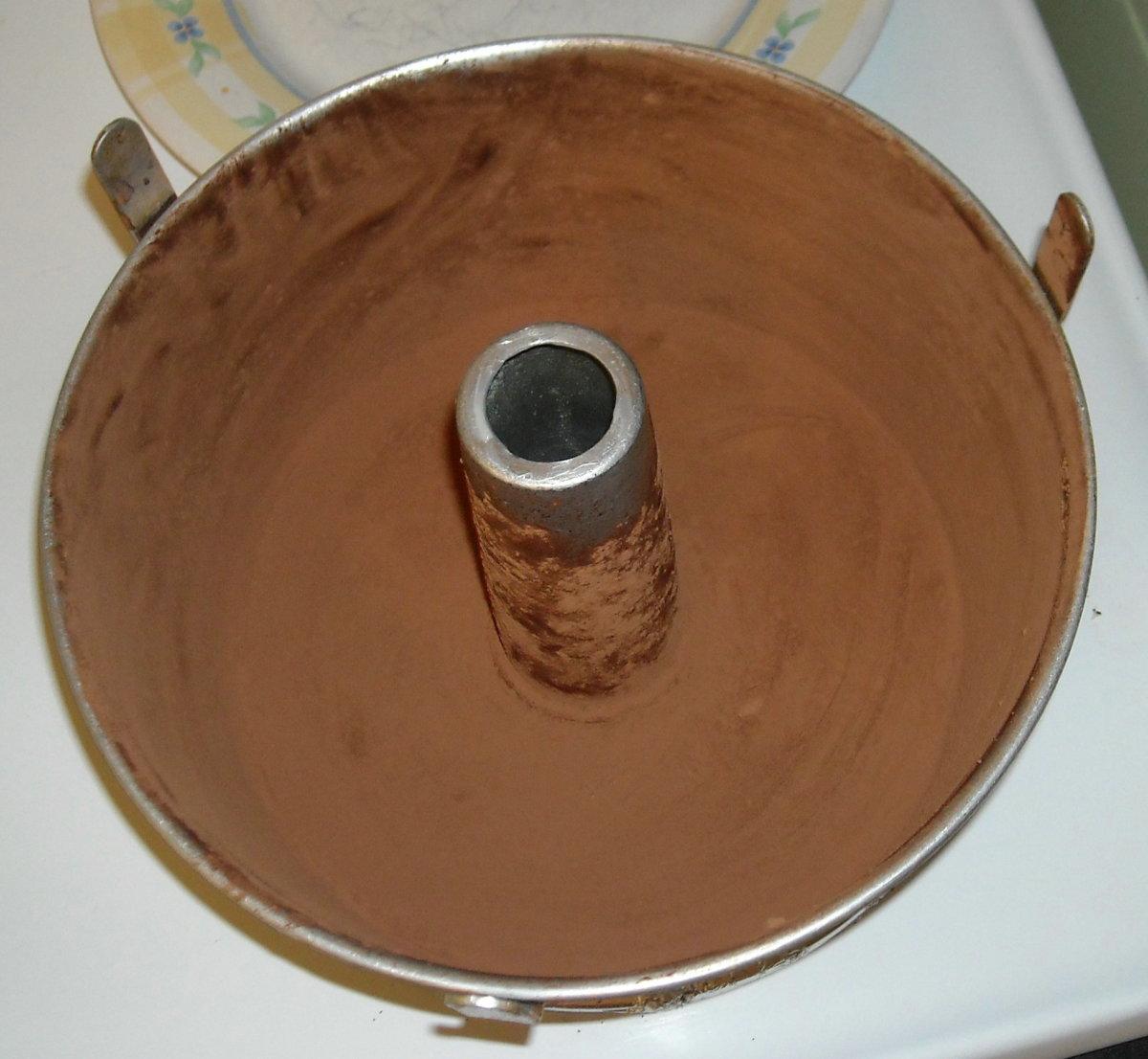 preparing a bundt pan