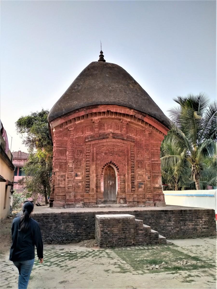 Raghunath Shiva temple, Ghurisha