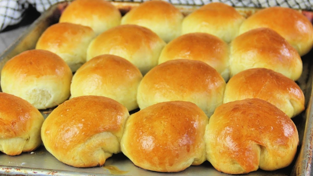 Delicious Recipe for Homemade Yeast Rolls