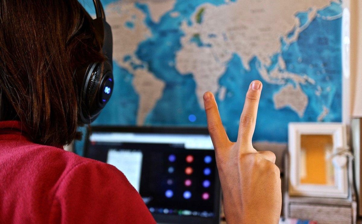 Can You Make Good Money Teaching English Online?