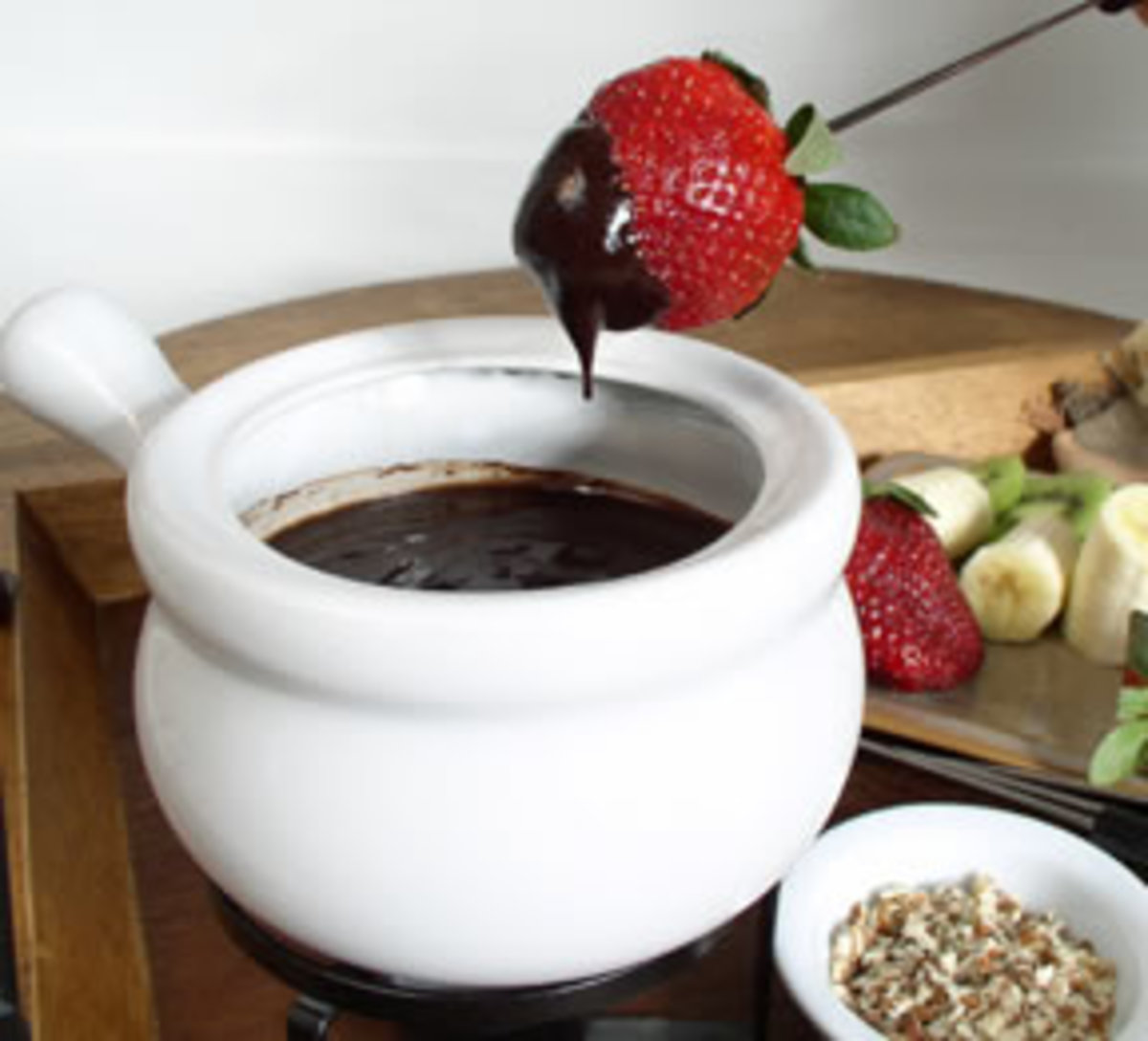 How to Make Chocolate Fondue-With Chocolate Fondue Recipes