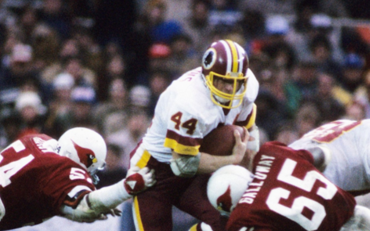 John Riggins gained 102 yards on 27 carries