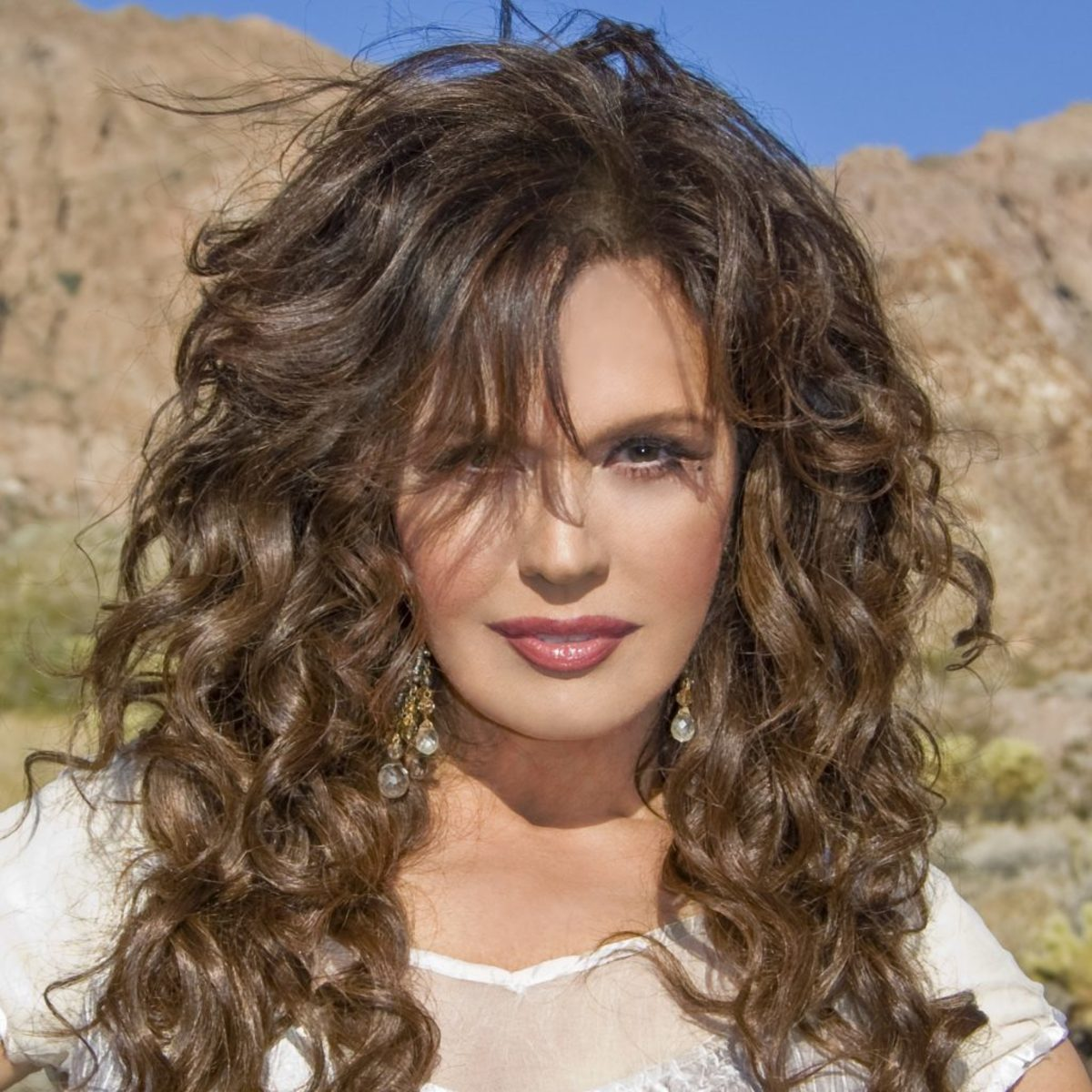 Marie Osmond has always been at the top of my list of beautiful and sexy women since the mid 1970s ... Oh, and she sings pretty good too.