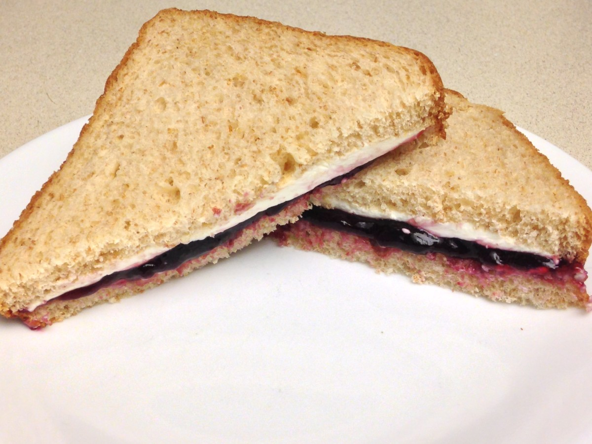 Cream Cheese Sandwich with Welch's Natural Concord Grape Spread
