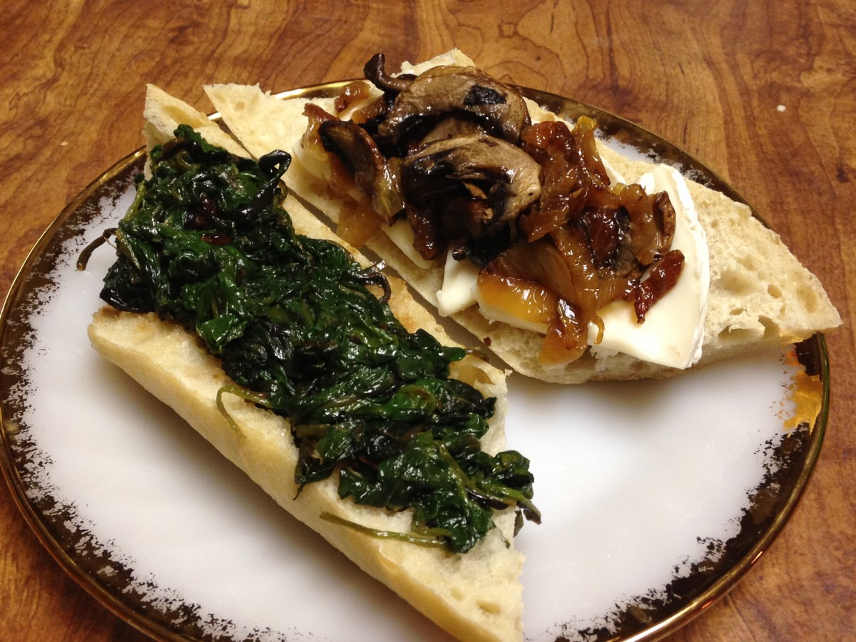 Baby greens on the left, mushrooms, onions and brie on the right