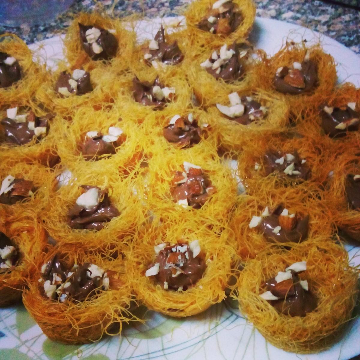 Kunafa with nutella chocolate كنافة بالنوتيلا