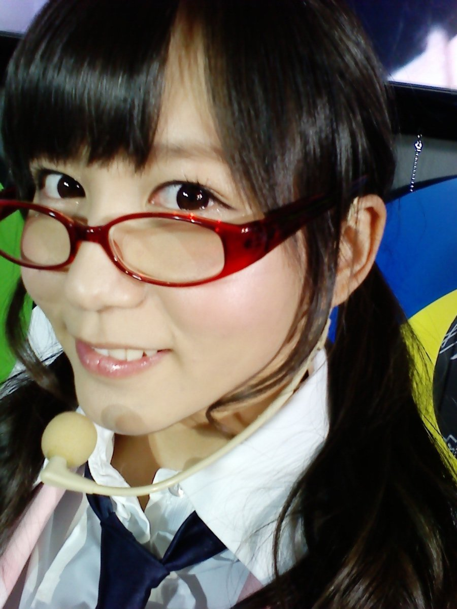 who-is-mina-oba-of-the-pop-music-group-ske48