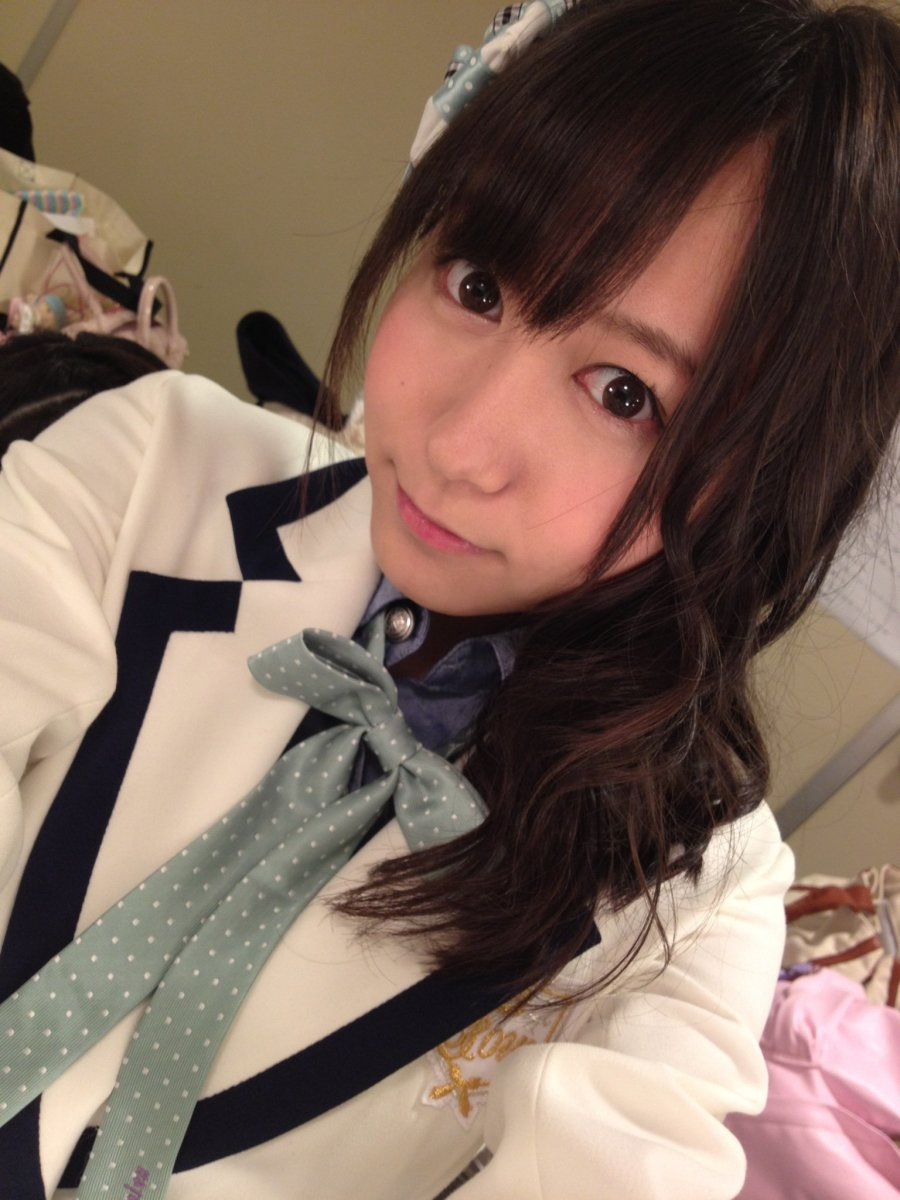 Who is Mina Oba of the Pop Music Group SKE48?
