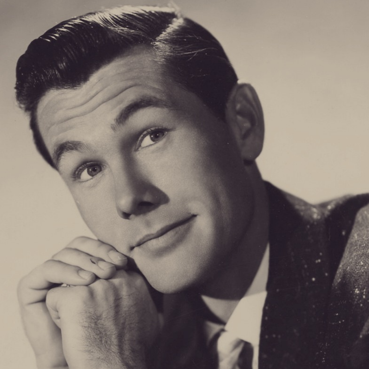 Johnny Carson, and American television comedian, lived from October 23rd, 1925, to January 23rd, 2005.