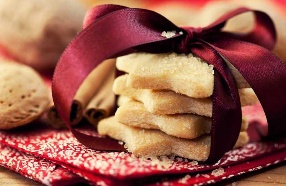 These are gorgeous stacks of these sugar ribbon cookies!