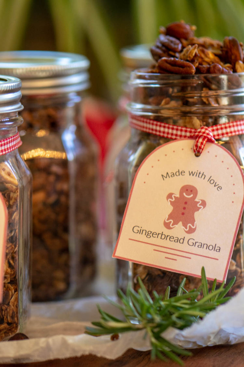 Celebrate for the Christmas and granola and the Gingerbread gift tag!