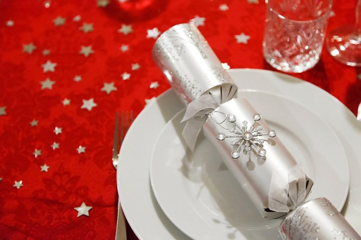cracking-christmas-cracker-jokes