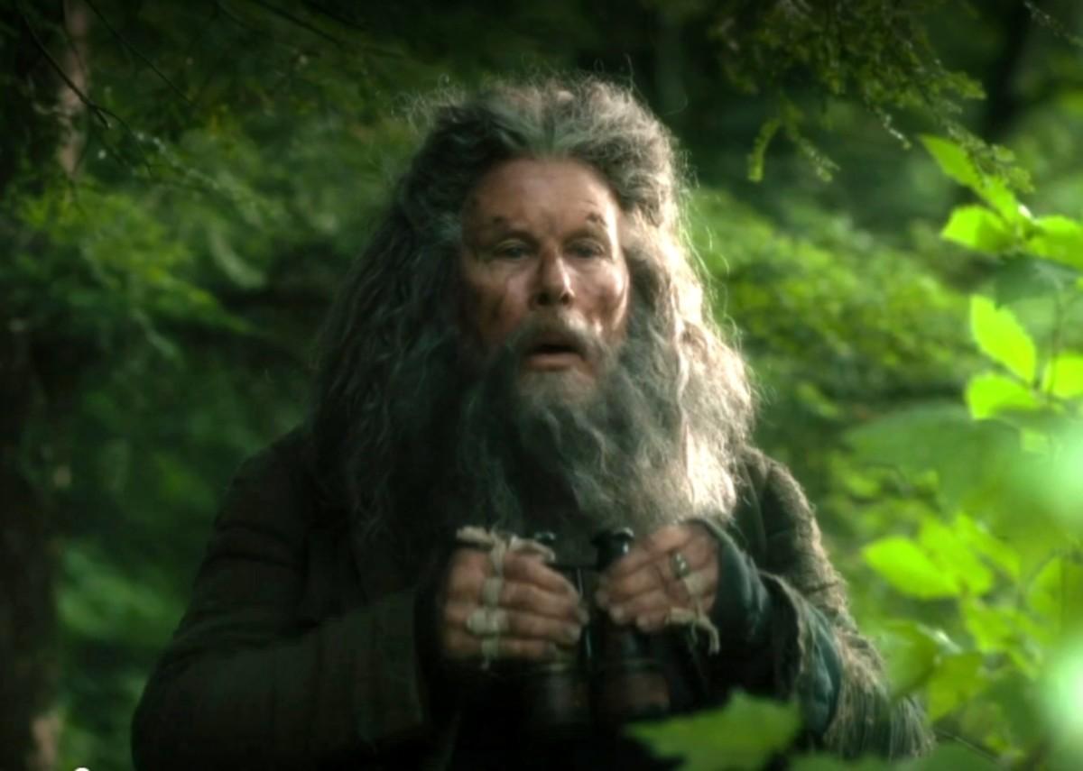 Hermit Bob (Tom Waits)