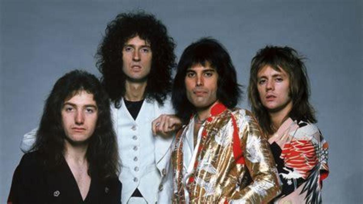 10 Best (Freddie Mercury) Queen Songs From Albums 1-5