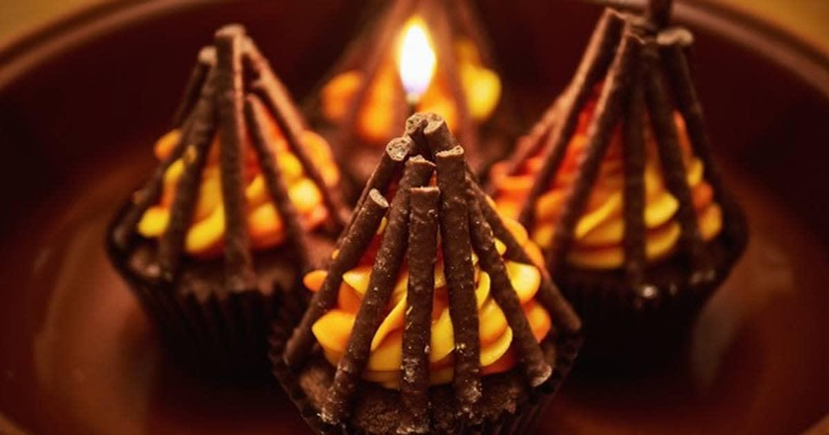 Bonfire cup cakes