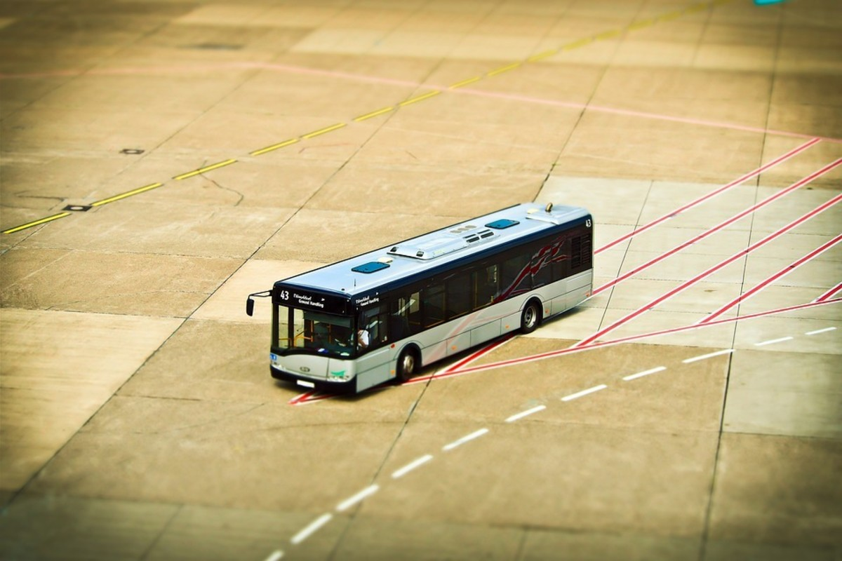 Shuttle buses to the airport