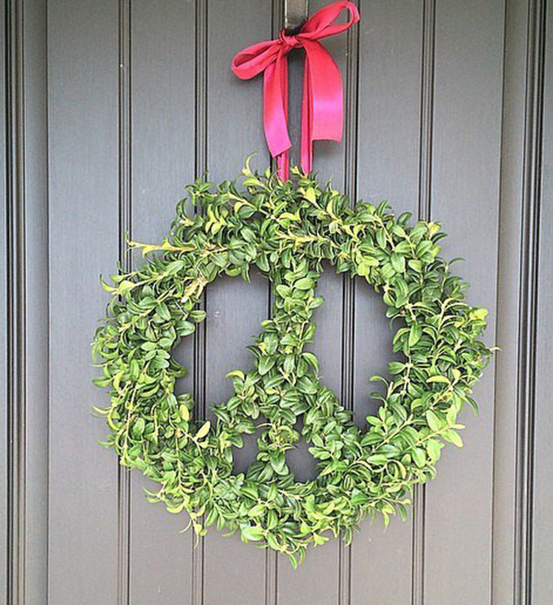 The wreath made for Green Peace.