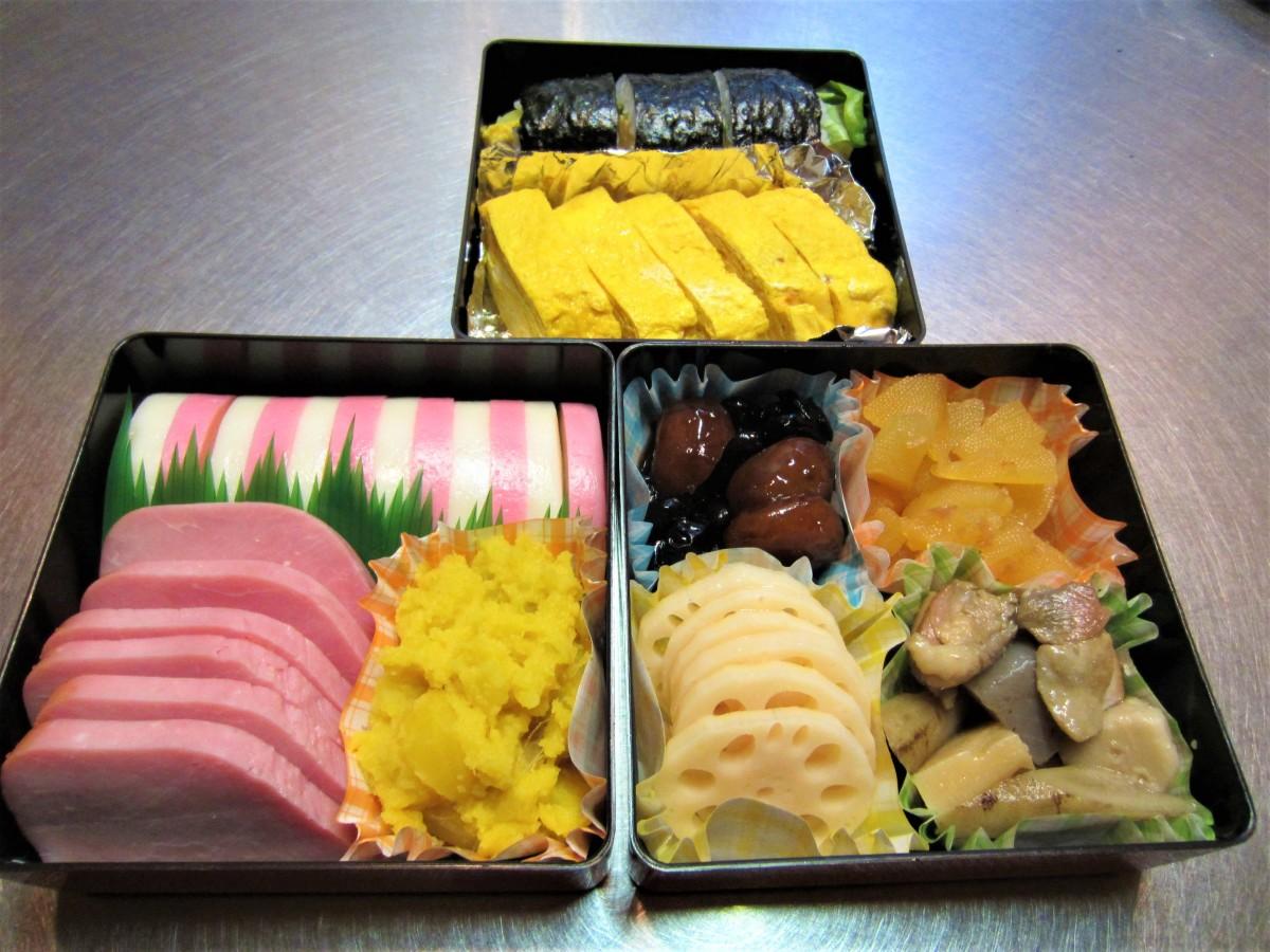 Mini homemade osechi box