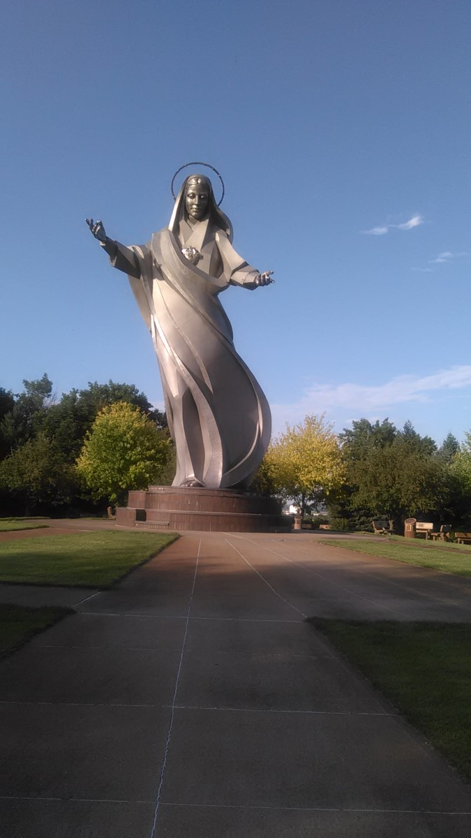 Statue of Mary where family prayed rosary
