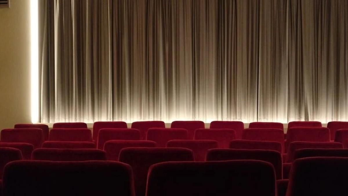 The empty cinema canvas