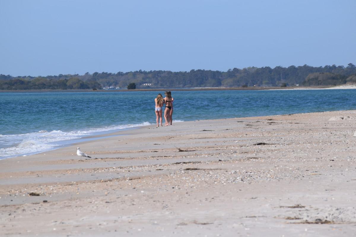 Sabine Arrives at Buzby Beach