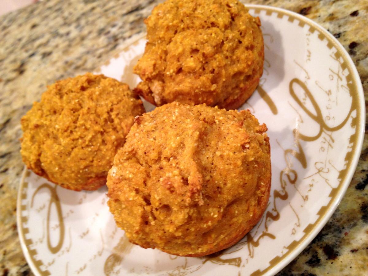 pumpkin-cornbread-muffins