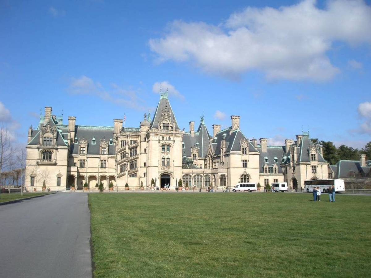 Biltmore House And Gardens