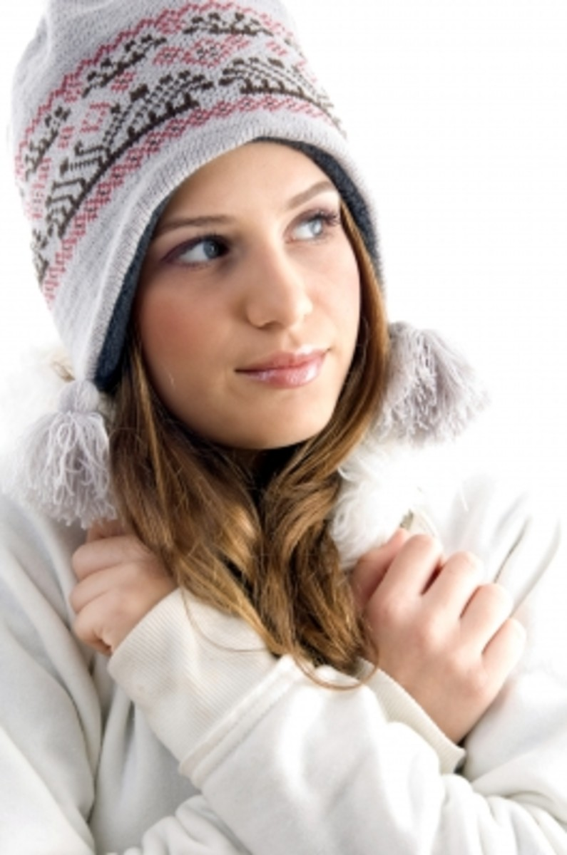 When playing outside this winter, keep bundled up. Wear lots of layers, keep your head and neck covered to prevent heat from escaping your body to prevent hypothermia.
