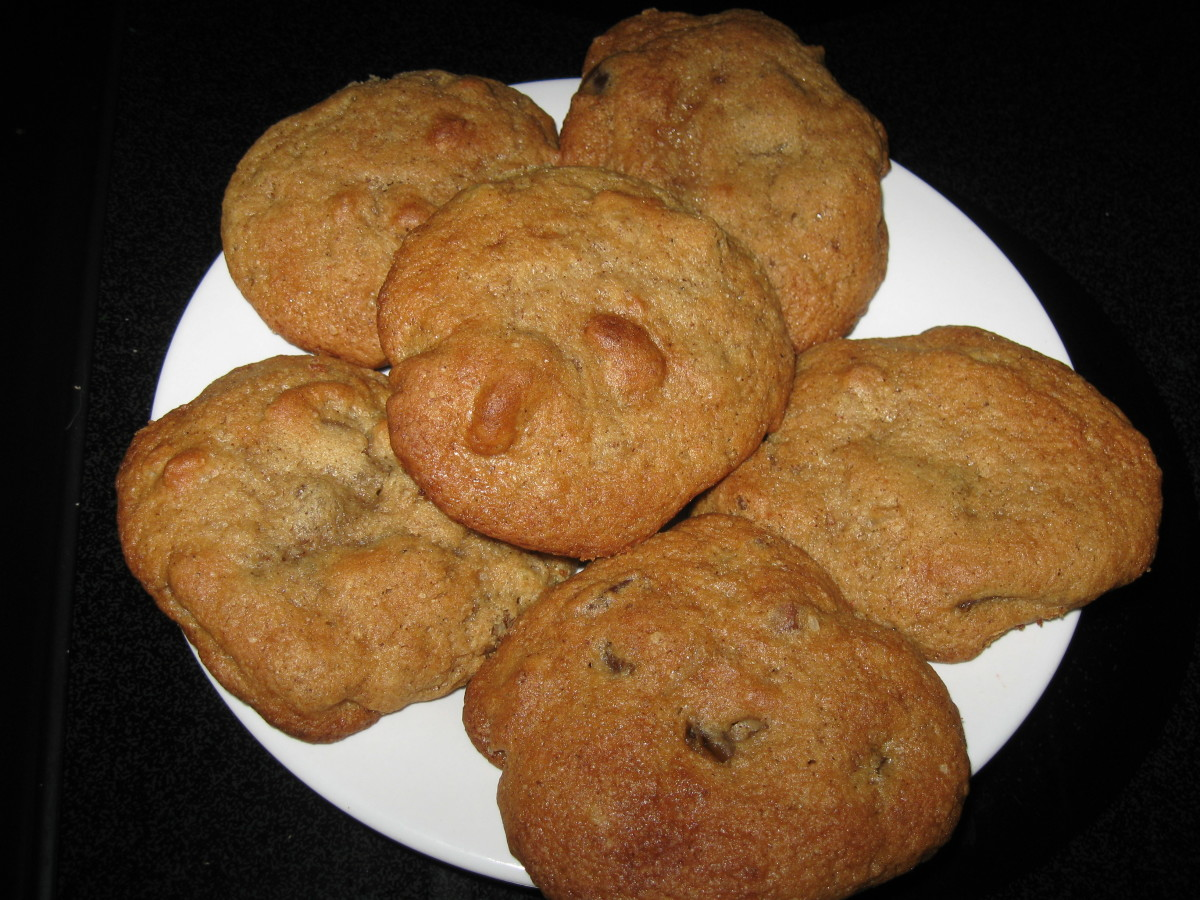 Bear N Mom Recipes  - Cookies - Sour Cream Date Drops