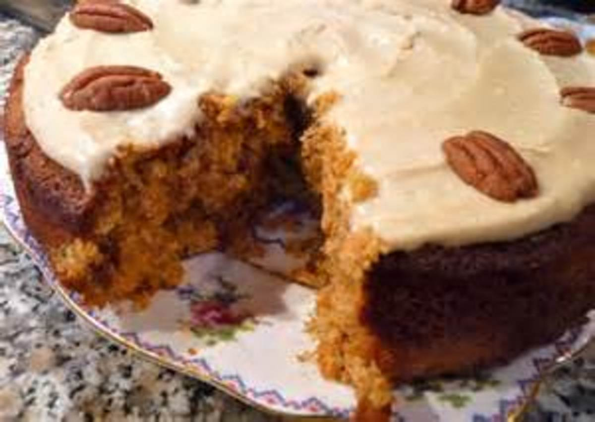 Carrot Cake with Cream Cheese Icing and Walnuts