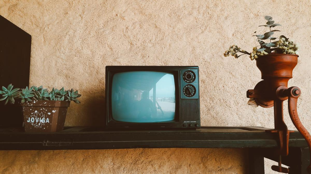 TV not working? Find out how to identify and fix common problems.