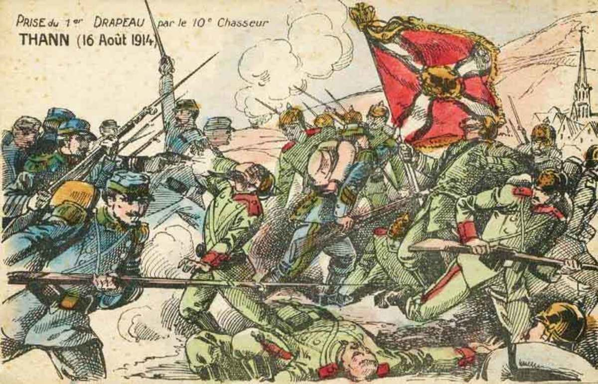French and German soldiers fighting in 1914