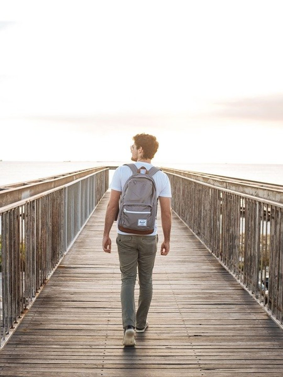 10-tips-for-a-solo-flight-travel