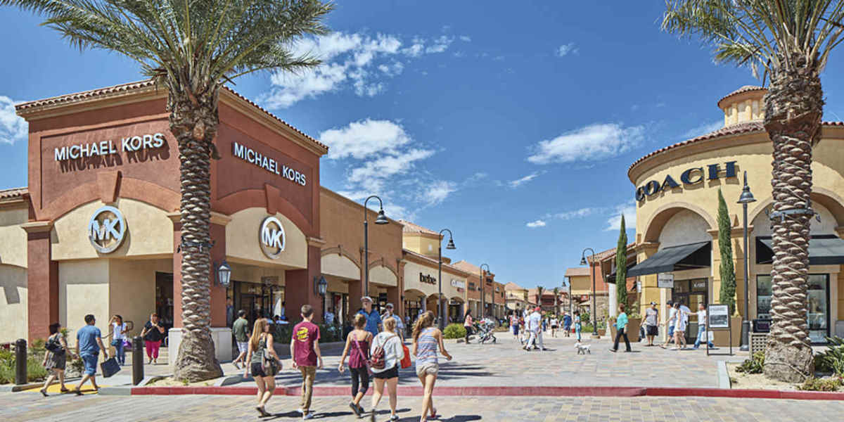 truth-about-outlet-stores-save-money