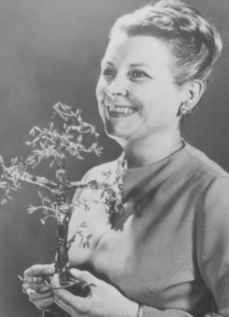 Mrs. Frances Kipps Spencer (1917–1989) created the first Chrismon Ornaments in 1957 for the Ascension Lutheran Church of Danville, VA.